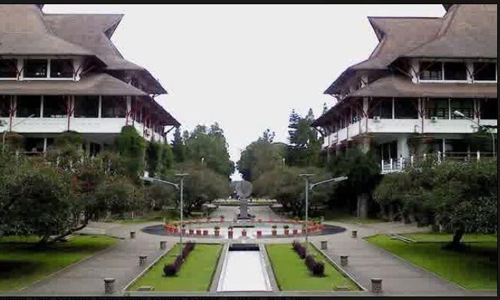 Institut Teknologi Bandung, Jas Almamater Universitas Terkeren