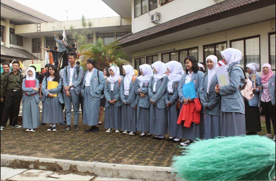 Jas Almamater UPI Bandung, Jas Almamater Universitas Terkeren